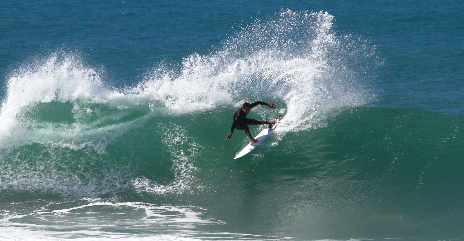 Portuguese talent Filipe Jervis in vice european pro junior and isa champion.