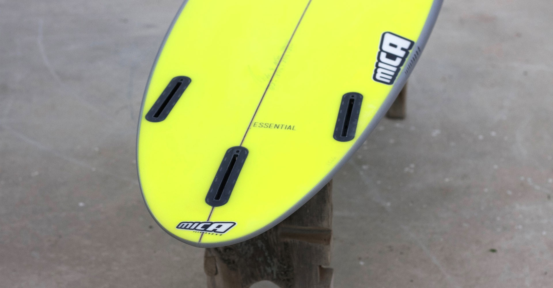 This surfboard model is your step up for big waves, surf it with a round tail.