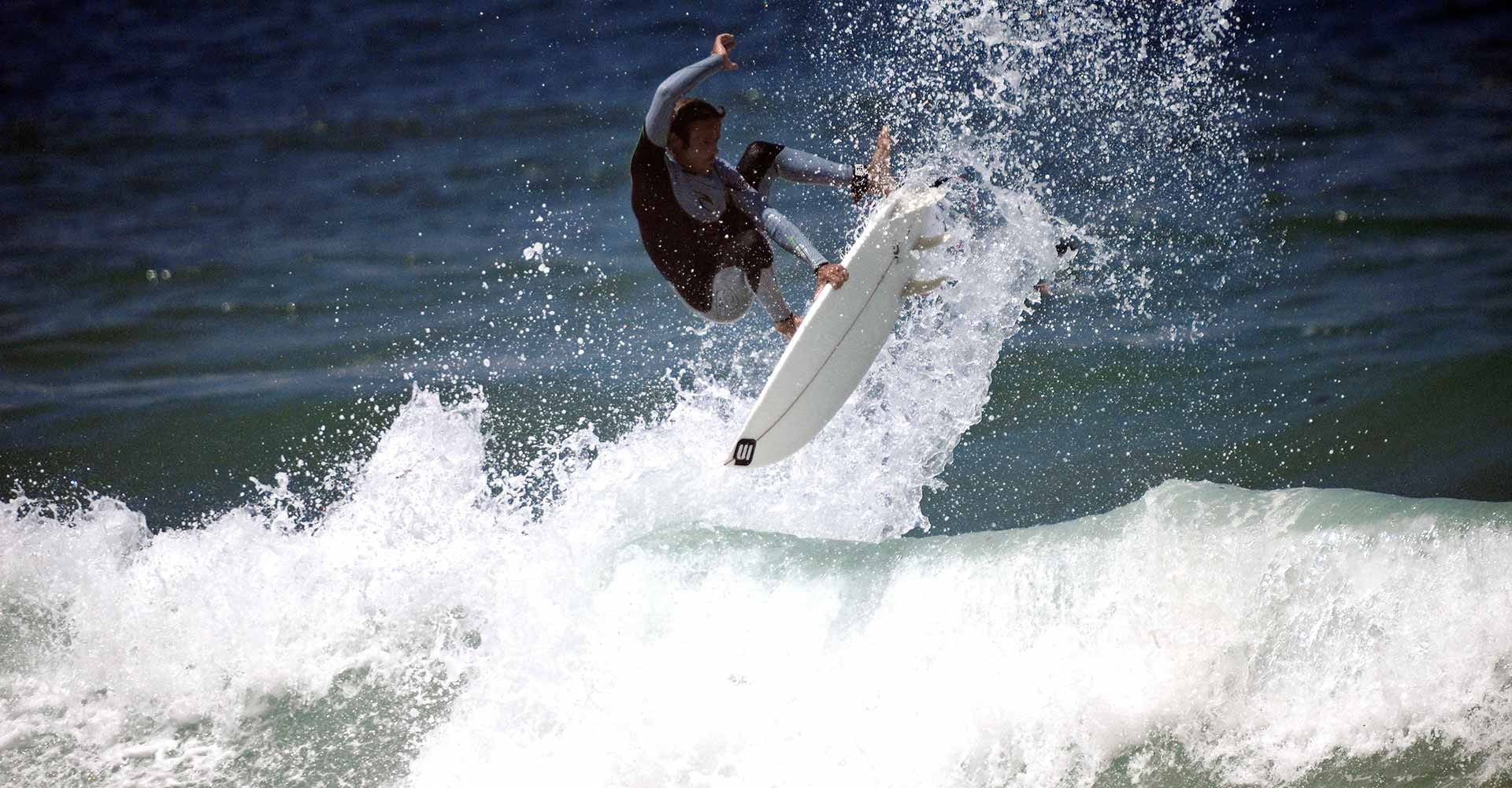 the-spoon, micasurfboards, mica-lourenço, surfing, air, wave, surfboard, surf-contest, buy-surfboard